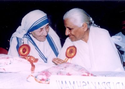 Dadi Prakashmani and Mother Theresa